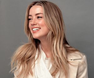 amber heard, make up, and style image