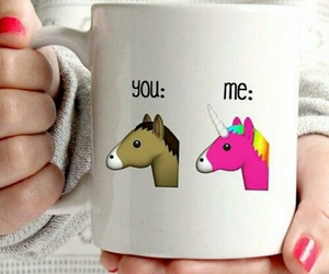 caballo, unicorn, and cup image