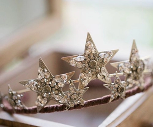 crown and star crown image