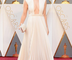 oscars, Olivia Wilde, and red carpet image
