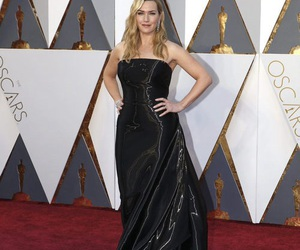 kate winslet, red carpet, and Academy Awards image