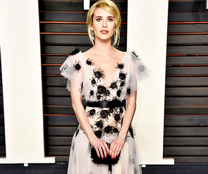 emma roberts, oscar party, and Vanity Fair image