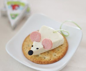 food, mouse, and cheese image