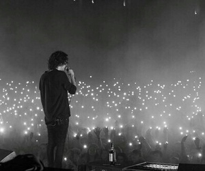concert, the 1975, and light image
