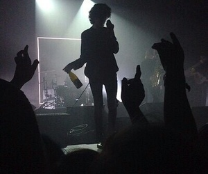 band, the 1975, and black image