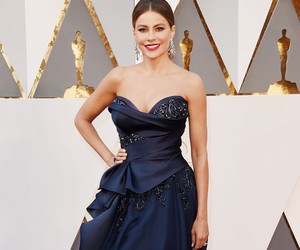Academy Awards, red carpet, and sofia vergara image