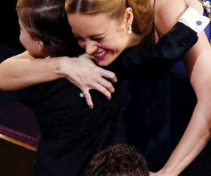 Academy Awards, best actress, and hug image