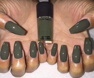 nails, mac, and green image