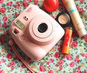 camera and makeup image