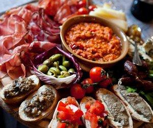 crostini, food, and food porn image