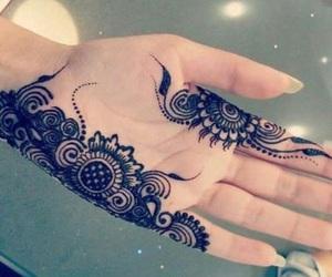 henna, mains, and orientale image