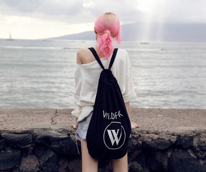 pink hair, sea, and charlotte free image
