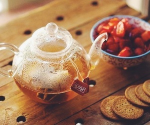 tea, strawberry, and Cookies image