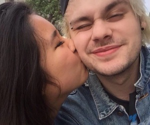 icons, mikey, and 5sos image