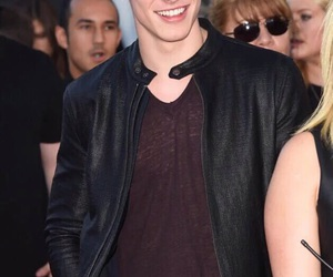 shawn mendes, boy, and mendes image