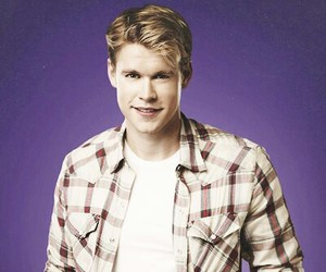 glee, handsome, and chord overstreet image
