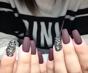 nails, matte, and pink image