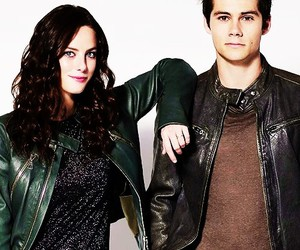 dylan o'brien, KAYA SCODELARIO, and teresa image