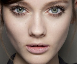 model and eyes image