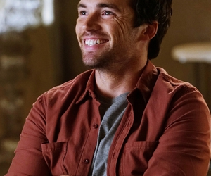 pretty little liars, pll, and ezra fitz image
