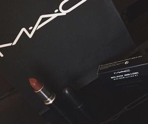 mac lipstick persistence image