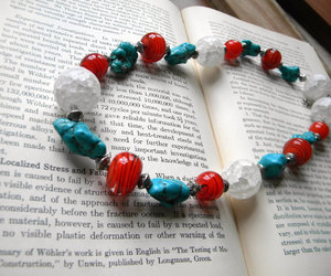 beaded necklace, fashion, and chunky necklace image