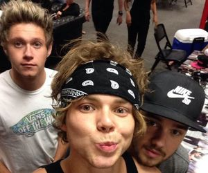 5sos, liam payne, and niall horan image