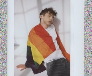 troye sivan, troye, and gay image