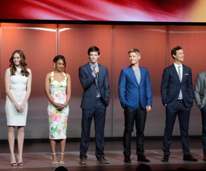 cast, flash, and tom cavanagh image