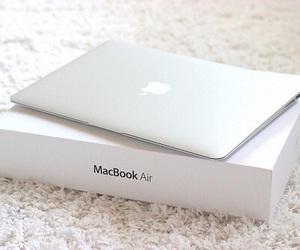 apple and macbook air image