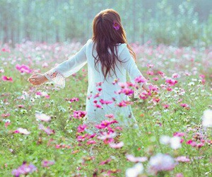 flowers, free, and girl image
