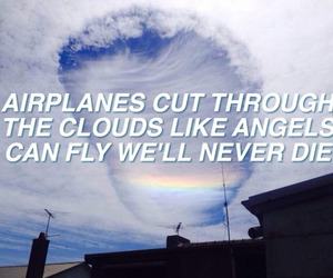 airplanes and 5sos image