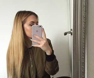 apple, blonde, and bomber image