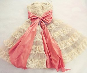 <3, girly, and dress image