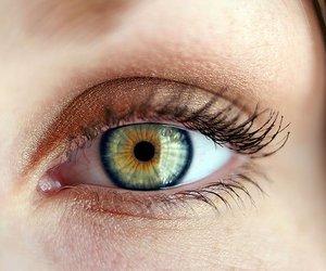 eye and green image