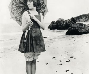 vintage, beach, and 1920s image