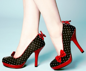 alternative, polka dot, and rockabilly image
