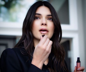 kendall jenner, beauty, and estee lauder image
