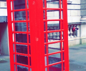 cabine telephonique and Londres image