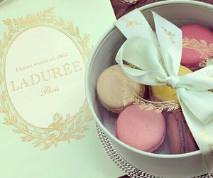 laduree, food, and macaroons image