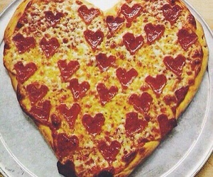 food porn, heart, and pizza image