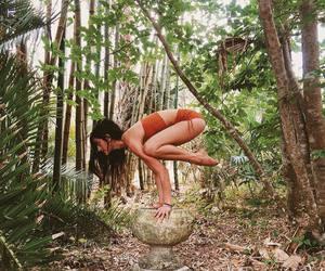 yoga and älskar idrott image