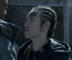 carl gallagher, shameless us, and ethan cutkosky image