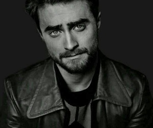 daniel radcliffe, harry potter, and black and white image