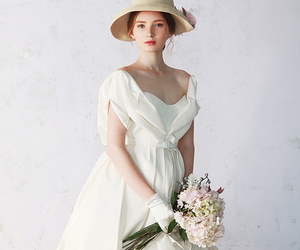 dress, glamour, and gowns image