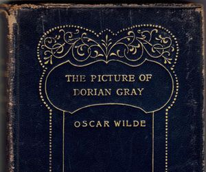 book and the picture of dorian gray image