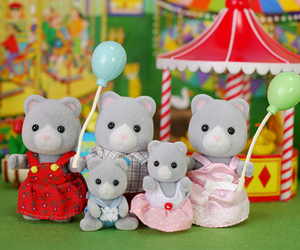 families, calico critters, and sylvanian image