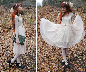 alice in wonderland, angel, and autumn image