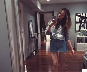 style, claudia sulewski, and youtubers image