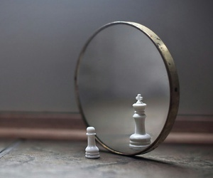 mirror, chess, and Dream image